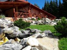 Pachet Lacul Ursu, Cabană Bucin