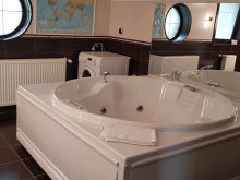 Accommodation Sinaia Swimming Pool, TvCondor B&B