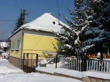 Cazare Nagyesztergár, Casa de oaspeți Bakonyi Mandala