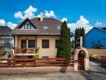 Pensiune Ungaria, Pensiunea Szenti