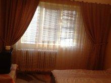 Cazare Zorile, Apartament Scapino