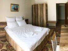 Accommodation Brebeni, La Miuta Apartment