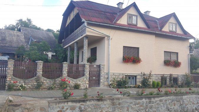Muskátli Guesthouse Sâncraiu
