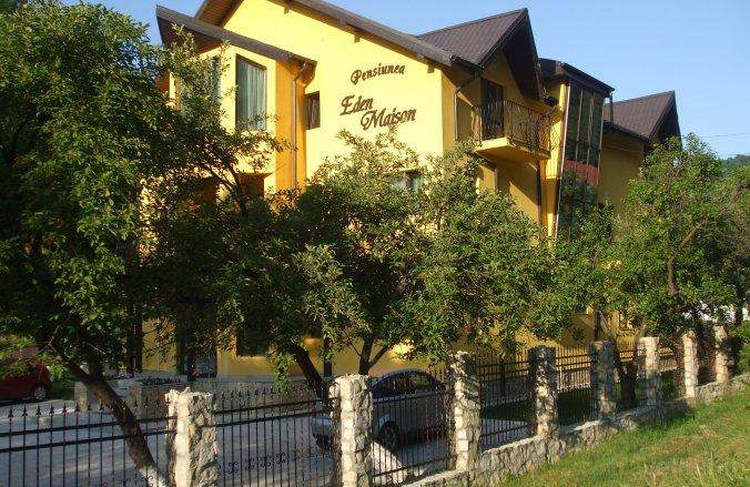 Eden Maison Guesthouse Slănic Moldova