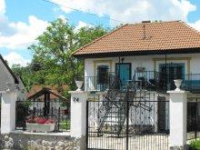 Cazare Tiszarád, Apartament Malom