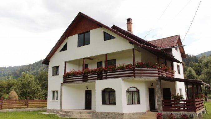 Casa Matei Bistricioara