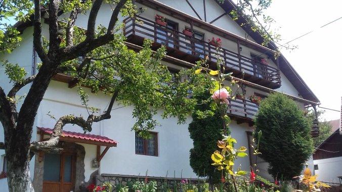Casa Albă Vendégház Törcsvár