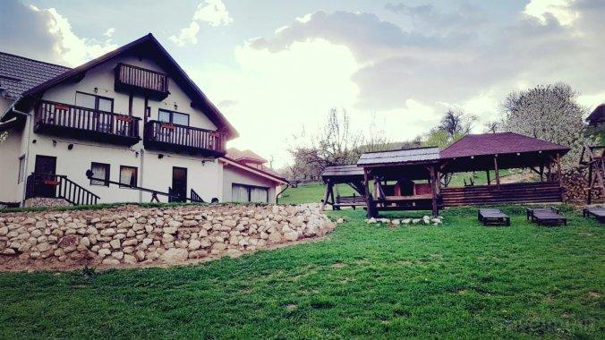 Casa de la Muntele Craiului Măgura