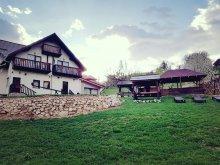 Casă de vacanță Poenari, Casa de la Muntele Craiului