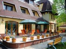 Hotel Tiszatenyő, Hotel Flóra
