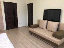 Accommodation Tiszatelek, Kristály Apartments