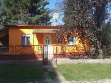 Apartment Tiszavalk, Pokoje Apartment