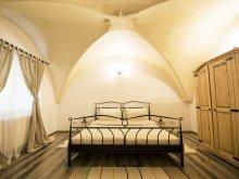 Accommodation Racovița, Gothic Apartment