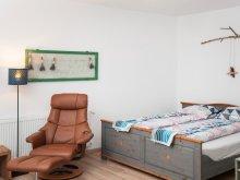 Hostel Mădăras, Casa de oaspeţi Rose Hip Hill B&B