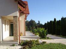 Cazare Tiszaalpár, Casa de oaspeți Somodi