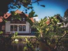 Cazare Satu Nou (Siculeni) cu Tichete de vacanță / Card de vacanță, Pensiunea White Dove