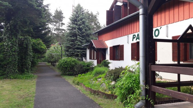 Hotel și Restaurant Vadása Hegyhátszentjakab