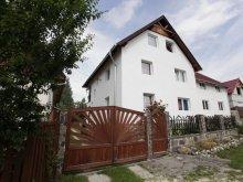 Panzió Moldvahosszúmező (Câmpulung Moldovenesc), Kinga Panzió