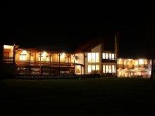 Accommodation Sovata, Tichet de vacanță, Isuica Guesthouse