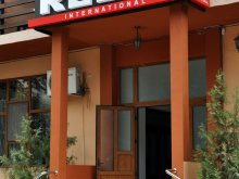Cazare Lacu Sărat, Hotel Rebis