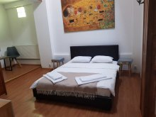 Accommodation 44.521873, 26.030640, Nonna Mia Hotel