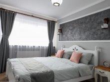 Cazare Cârțișoara, Voucher Travelminit, Apartament Alba Home