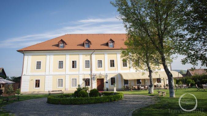Castle Haller Ogra