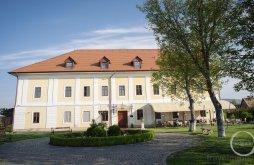 Hotel near Radák Pekry Castle, Castle Haller