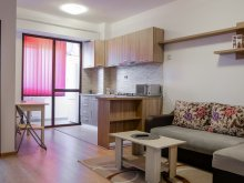 Accommodation Izvoru Berheciului, Tichet de vacanță, REZapartments 4.2