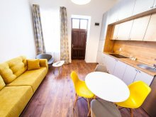 Cazare Cerbu, Apartament Central Luxury 2B