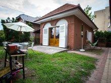 Nyaraló Balaton, FO-371: Standközeli nyaralóház 4 fő részére Fonyódon