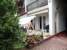 Casă de vacanță Balatonkenese, Casa de Oaspeți Gréti