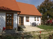 Accommodation Paks, Teleki B&B