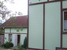Hostel Rudolftelep, Pensiunea Zoldovezet