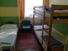 Casă de oaspeți Zabar, Youth Hostel Nárád