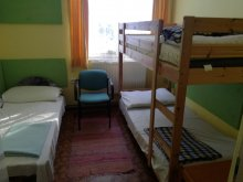 Cazare Gyöngyössolymos, Youth Hostel Nárád