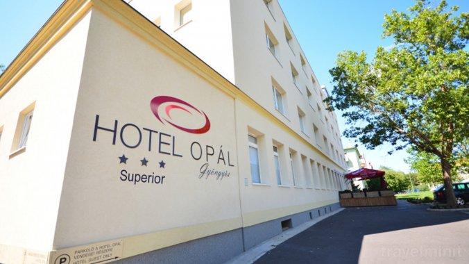 Hotel Opál Superior Gyöngyös