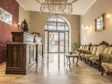 Apartament județul Hunedoara, Hotel Ferdinand