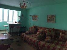 Apartament Comuna Siriu (Siriu), Apartamentul cu Bucurie