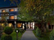 Hotel Iedera de Sus, Hotel Oscar
