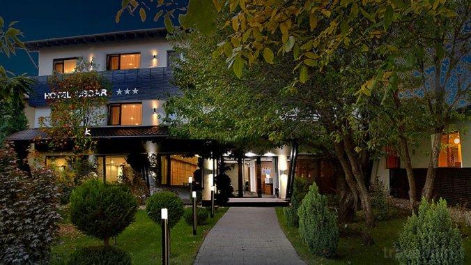Hotel Oscar Câmpina