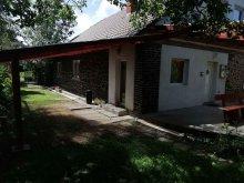 Cazare Ecseg, Casa de oaspeți Aranyeső