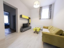 Accommodation Huzărești, Central Luxury 3 Apartament