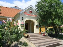 Hotel Nagymaros, Gastland M0. Hotel