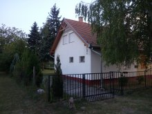 Casă de vacanță Nagygörbő, Casa de oaspeți Nefelejcs-el