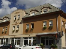 Hotel Páty, Hotel Vadászkürt