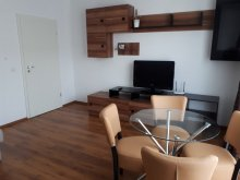 Apartament Rucăr, Apartamente Altipiani