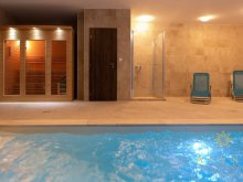 Accommodation Veszprém, Azur Wellness Apartment
