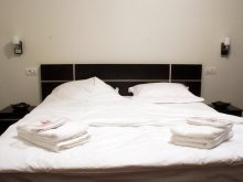 Accommodation Saturn, Tichet de vacanță, La Mer Villa