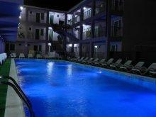 Apartman Román tengerpart, Aproape de Mare Villa
